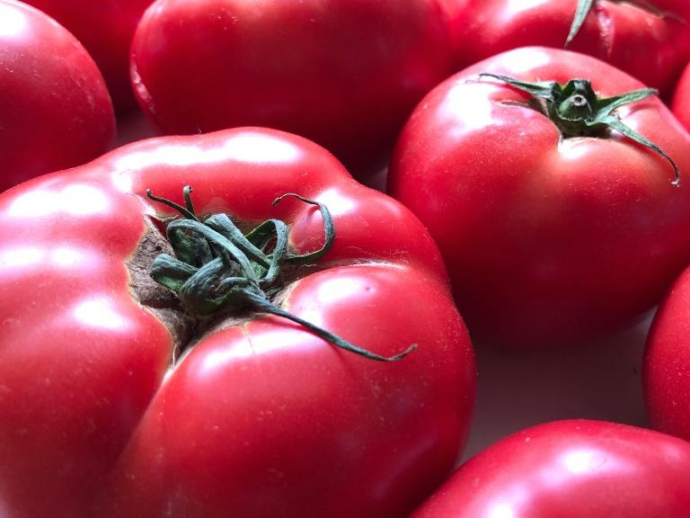 むくみに有効なカリウムを多く含むトマト